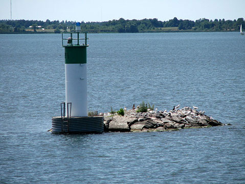 Canada Ontario Photos :: 1000 Islands :: Ontario. 1000 Islands - Small Lighthouse
