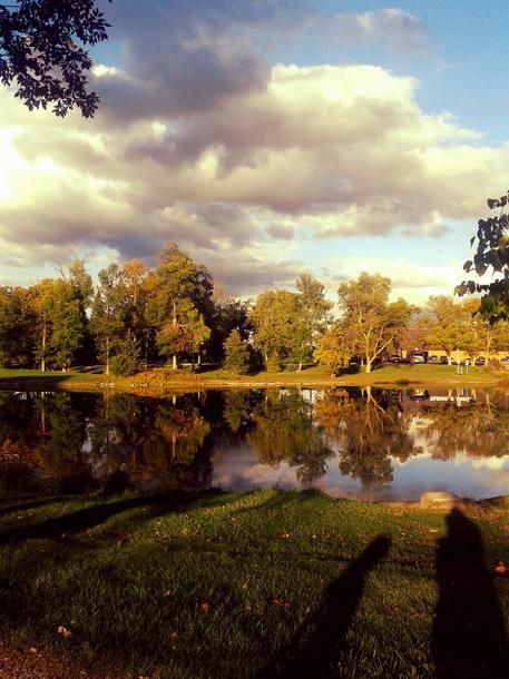 Canada Ontario Photos :: THERESA :: Belleville. Fall pretty scenery