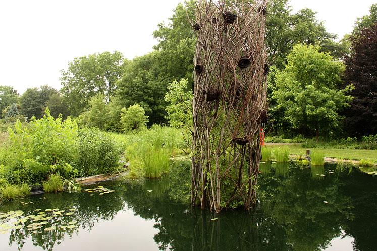 Canada Ontario Photos :: Burlington - Royal Botanical Gardens :: A pond in Royal Botanical Gardens
