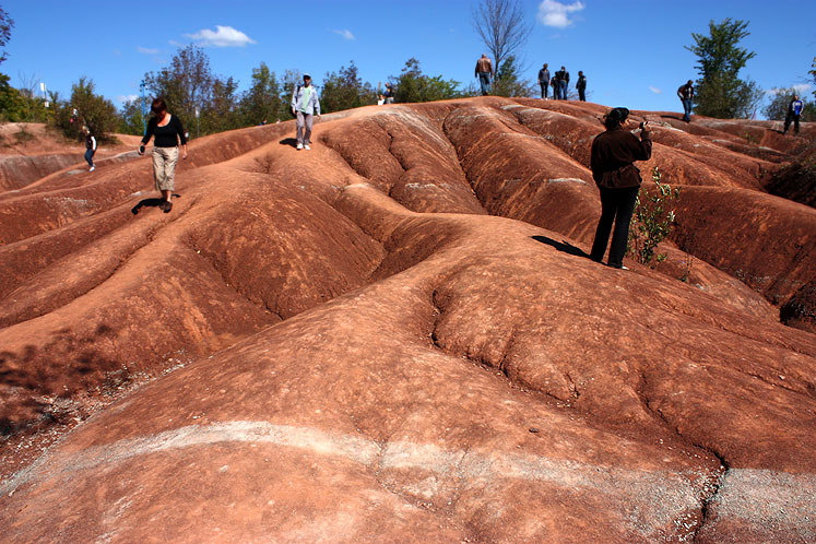 Canada Ontario Photos :: Caledon - Cheltenham Badlands :: Caledon Badlands - geological phenomenon