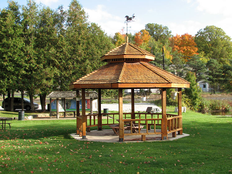 Canada Ontario Photos :: Campbelville :: A park in Campbellville