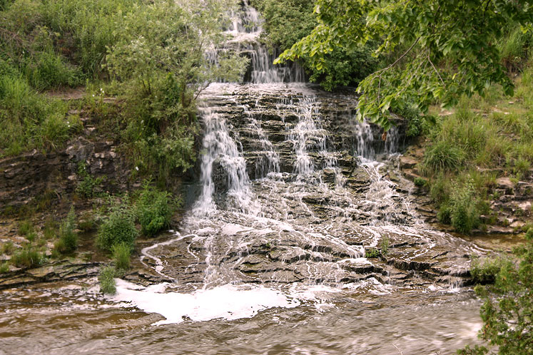 Canada Ontario Photos :: Fergus :: Fergus -a  waterfall
