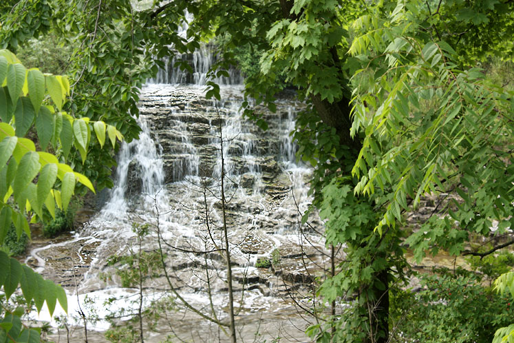 Canada Ontario Photos :: Fergus :: A waterfall in Fergus