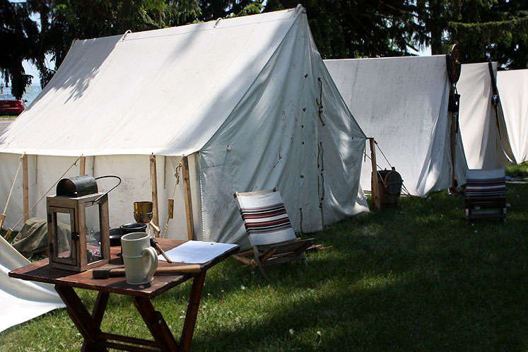 Canada Ontario Photos :: Fort Erie :: Fort Erie. Soldiers´ tents