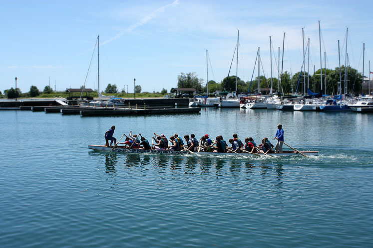 Canada Ontario Photos :: Cobourg :: Cobourg - a training for The Dragon Boat World Championship