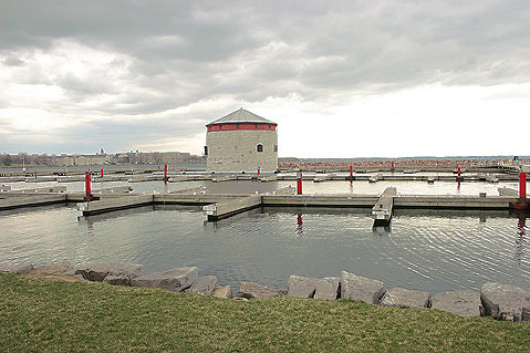 Canada Ontario Photos :: Kingston :: Kingston. Waterfront in Spring time