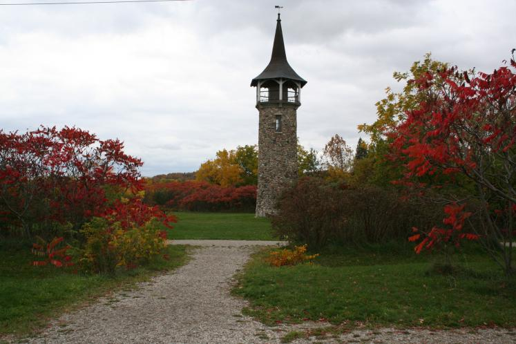 Canada Ontario Photos :: Landmarks :: Ontario. Kitchener. Pioneer Tower
