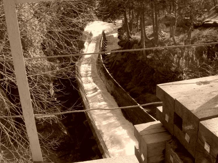Canada Ontario Photos :: Clay :: Hawk Lake Log Chute