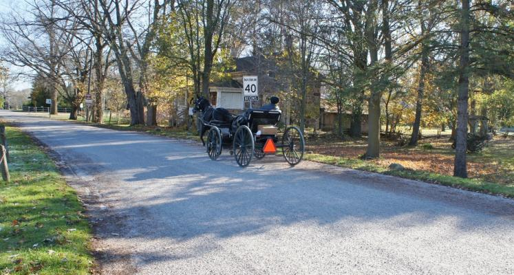 Canada Ontario Photos :: West Montrose :: Mennonite buggy on Kissing Bridge Road West Montrose