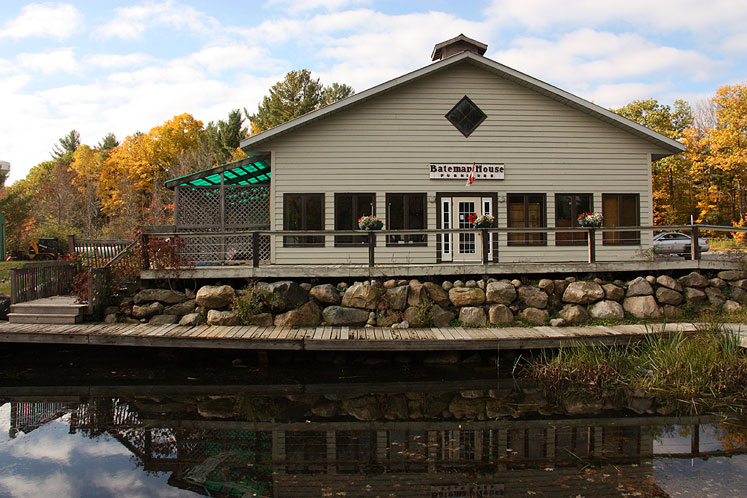 Canada Ontario Photos :: Torontonian :: Muskoka. Port Carling