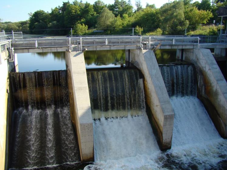 Canada Ontario Photos :: Misc :: Thornbury Dam over Beaver River