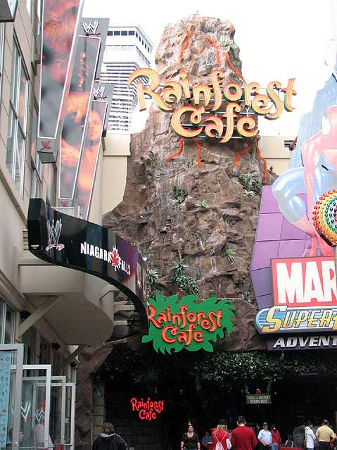 Canada Ontario Photos :: Niagara Falls :: Town of Niagara Falls. Rainforest cafe
