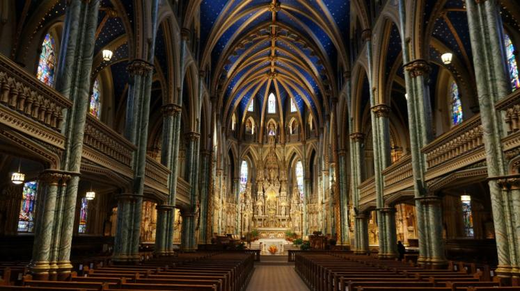 Canada Ontario Photos :: Ottawa :: Altar at Notre Dame Cathedral in Ottawa