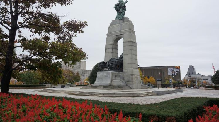 Canada Ontario Photos :: Ottawa :: War Memorial Ottawa
