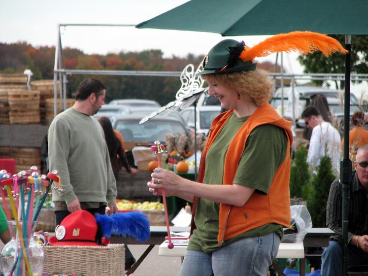 Canada Ontario Photos :: St. Jacobs :: St. Jacobs market - Halloween colors