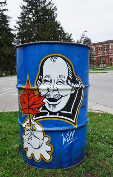 Canada Ontario Photos :: Stratford :: Garbage Can in Stratford