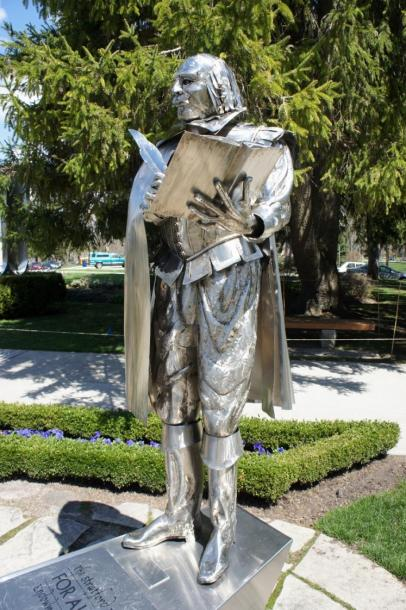 Canada Ontario Photos :: Landmarks :: William Shakespeare Statue located Shakepeare Festival Grounds Stratford