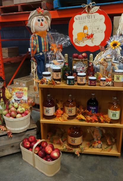 Canada Ontario Photos :: Misc :: Wellesley Apple and Cheese Festival 2016
